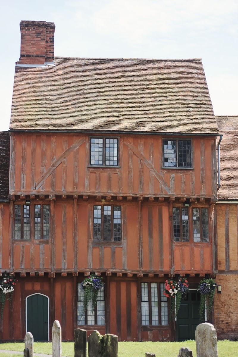 hadleigh suffolk historical buildings