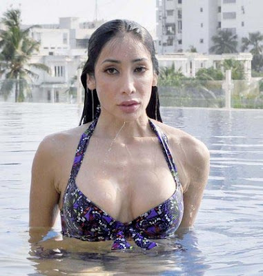 Caught in the Act, Hot and Happening, A peaceful state, Till water's reach, Item Numbers, Snip, Khoobsurat, Sophiya Haque, bikini shoot, Photogallery, model Photo Galleries, Bollywood Actress, Hot Photo Gallery, Models  Photo Gallery, Photos of Bollywood Stars,