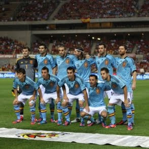 selección española de fútbol Save the Children dona estrella