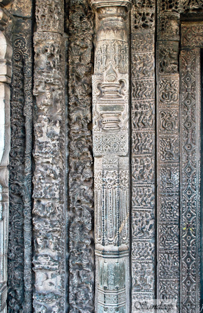 The Left part of the door jamb with 7 layers of stone carvings