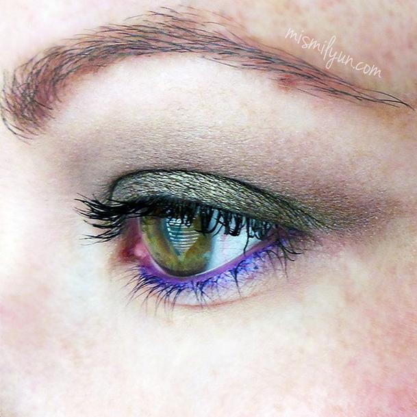 maquillaje violeta morado
