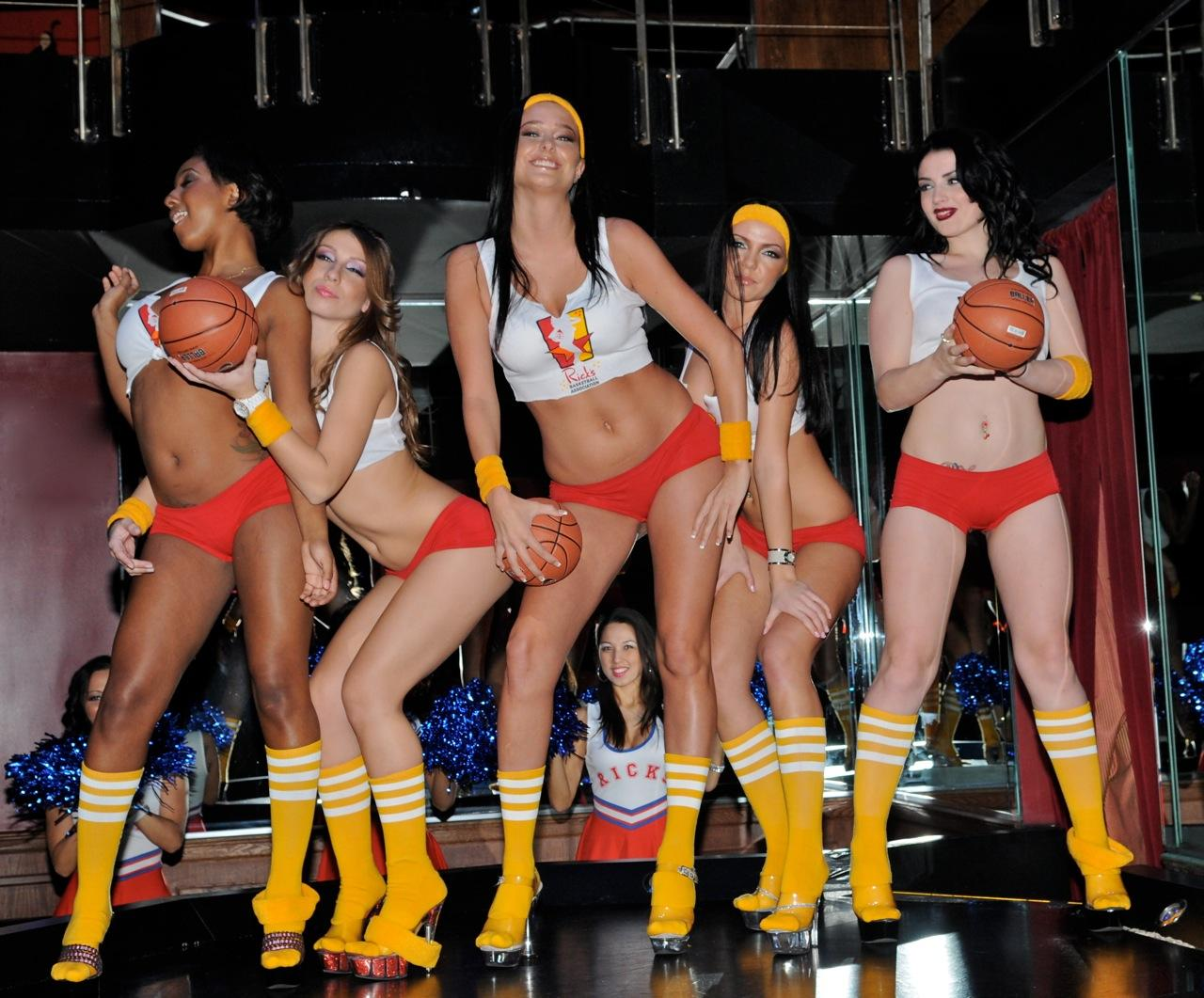 Strippers From Rick S Cabaret Celebrate The Miami Heat