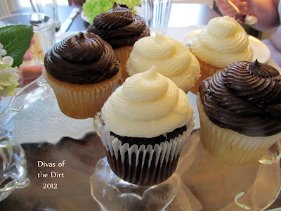 Divasofthedirt, swirly frosted cupcakes