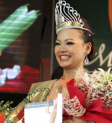 Miss World Myanmar 2013 Nang Khih Zay Yar