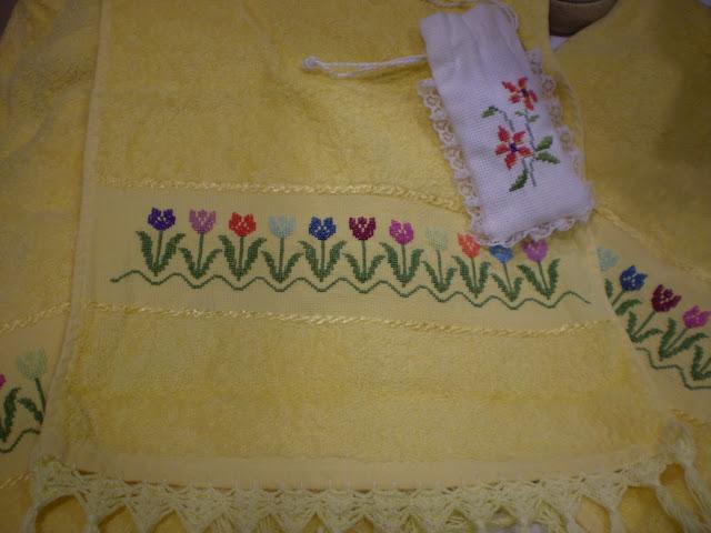 Cenefas para toallas a punto des cruz imagui - Cenefas punto de cruz para toallas de bano ...