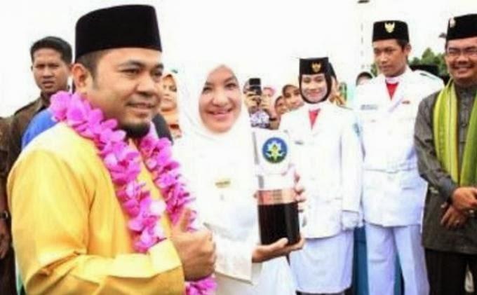 HEBOH Kontroversi Sholat Berjamaah Berhadiah Mobil Di Bengkulu