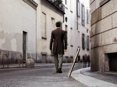[Imagen: hombre_caminando.jpg]
