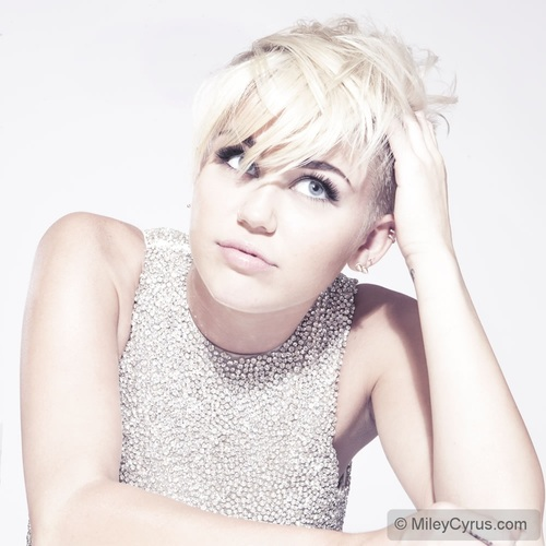Pronto, falei! - Polêmicas de Miley Cyrus