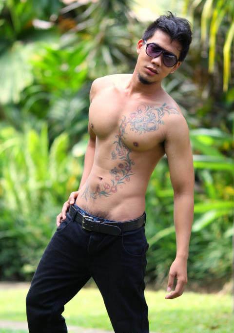Bali men