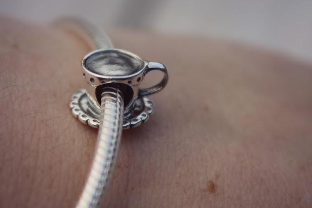 tea cup jewellery