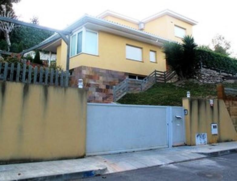 A casa de lionel messi em castelldefels e barcelona for Casas de sofas en barcelona