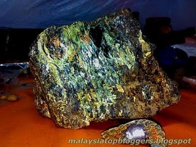 Misteri Batu Ajaib