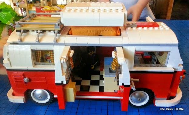 LEGO T1 Splitscreen Camper Van set 10220