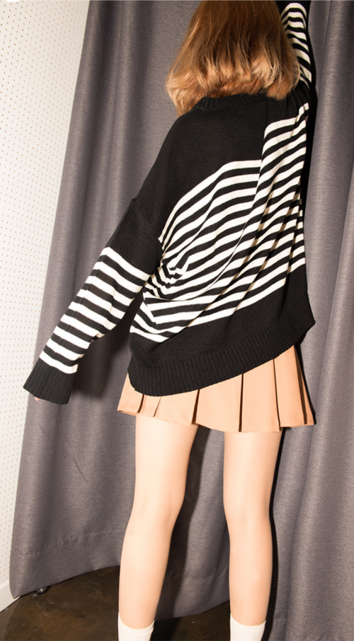 Marine Stripe Loose Fit Knit Top