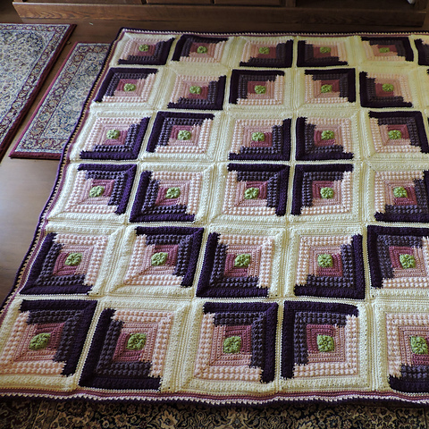 Free Quilt Patterns For Throws : Crochet Guide: Autumn Log Cabin Throw