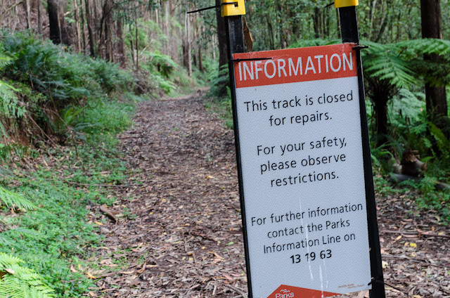closed sign at dandenong creek track