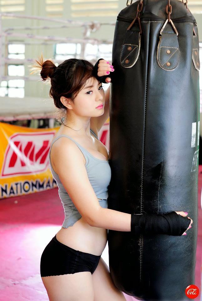 Hotgirl Châu Dương sexy với trang phục boxing 7