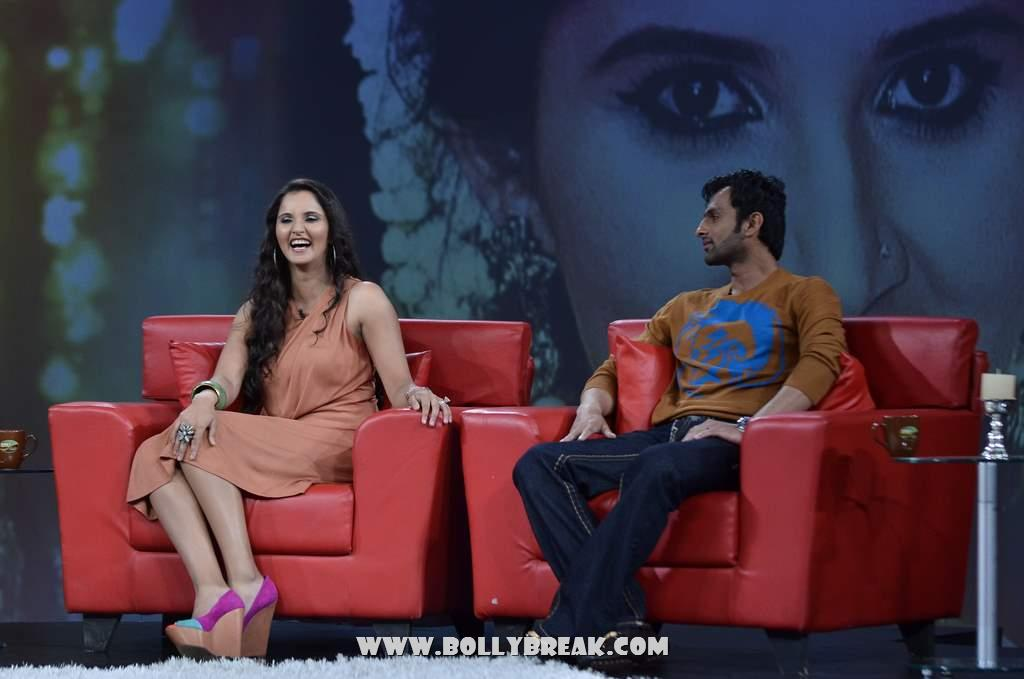 Sania Mirza on NDTV Chat Show -  Sania Mirza Pics from NDTV's Raveena chat show
