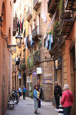 Carrer dels Cotoners near the Picasso Museum