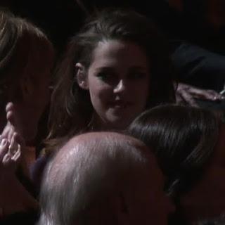 Kristen Stewart - Imagenes/Videos de Paparazzi / Estudio/ Eventos etc. - Página 31 Fb1kw8K