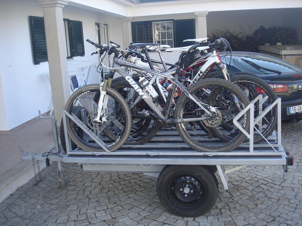 Ajuda - Vou modificar um atrelado só para levar as bikes DSC00250