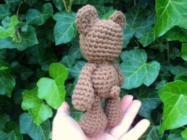 Amigurumi Bigfoot Bear : Little Bigfoot Bear Free Crochet Pattern ~ Amigurumi To Go