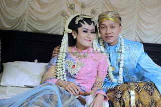 http://www.klikmg.web.id/2015/08/dibuang-sayang-dari-proses-pernikahan.html