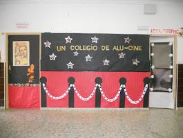 UN COLEGIO DE ALU-CINE