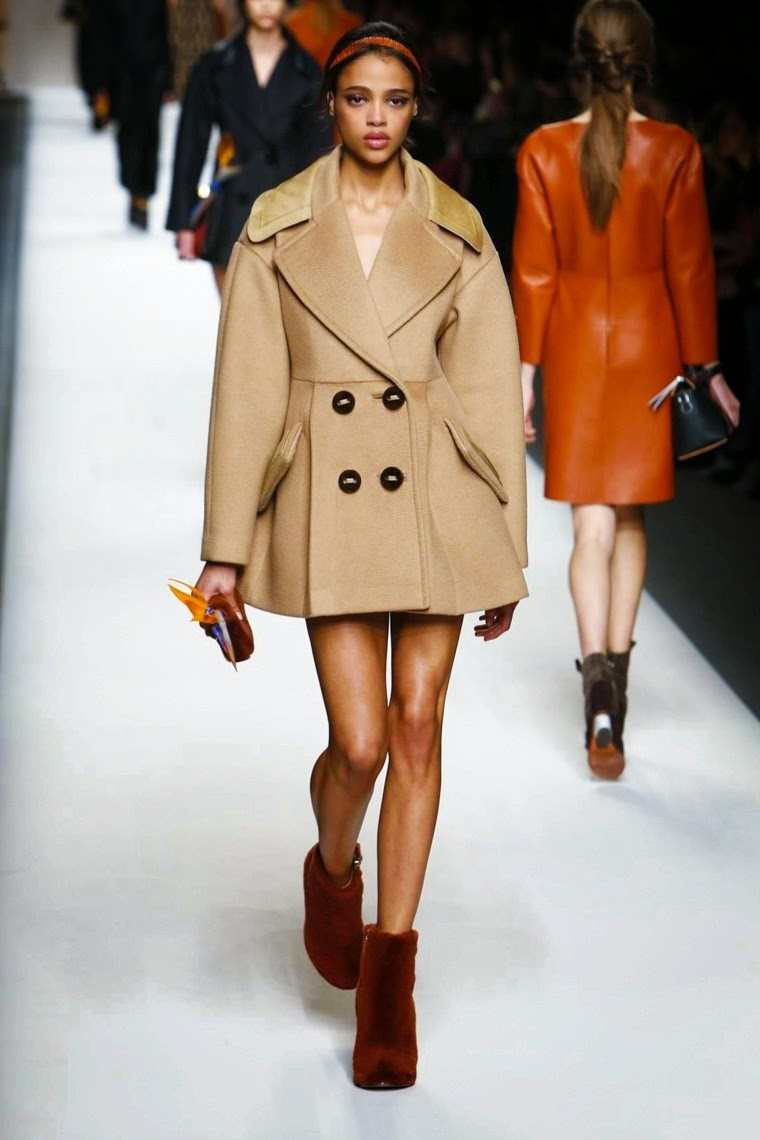 Fendi, Fendi AW15, Fendi FW15, Fendi Fall Winter 2015, Fendi Autumn Winter 2015, Fendi fall, Fendi fall 2015, du dessin aux podiums, dudessinauxpodiums, karl lagerfeld, vintage look, dress to impress, dress for less, boho, unique vintage, alloy clothing, venus clothing, la moda, spring trends, tendance, tendance de mode, blog de mode, fashion blog, blog mode, mode paris, paris mode, fashion news, designer, fashion designer, moda in pelle, ross dress for less, fashion magazines, fashion blogs, mode a toi, revista de moda, vintage, vintage definition, vintage retro, top fashion, suits online, blog de moda, blog moda, ropa, asos dresses, blogs de moda, dresses, tunique femme, vetements femmes, fashion tops, womens fashions, vetement tendance, fashion dresses, ladies clothes, robes de soiree, robe bustier, robe sexy, sexy dress