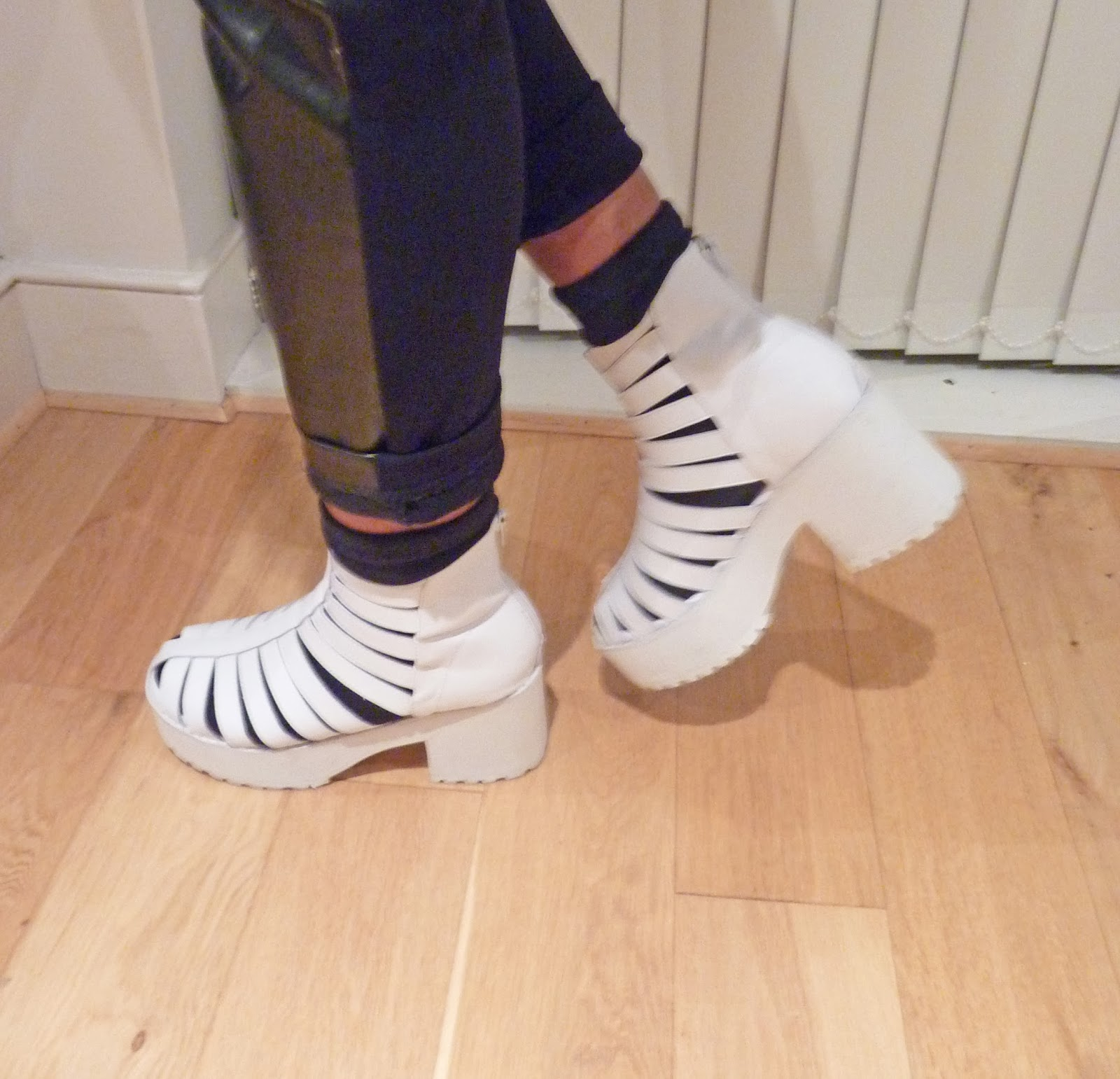 The WhitePepper Leather Gladiator White Chunky Boots