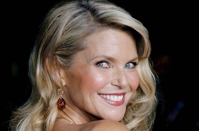 Christie Brinkley Biography and Photos