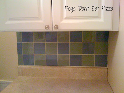 I tiled a backsplash! - Dogs Don't Eat Pizza