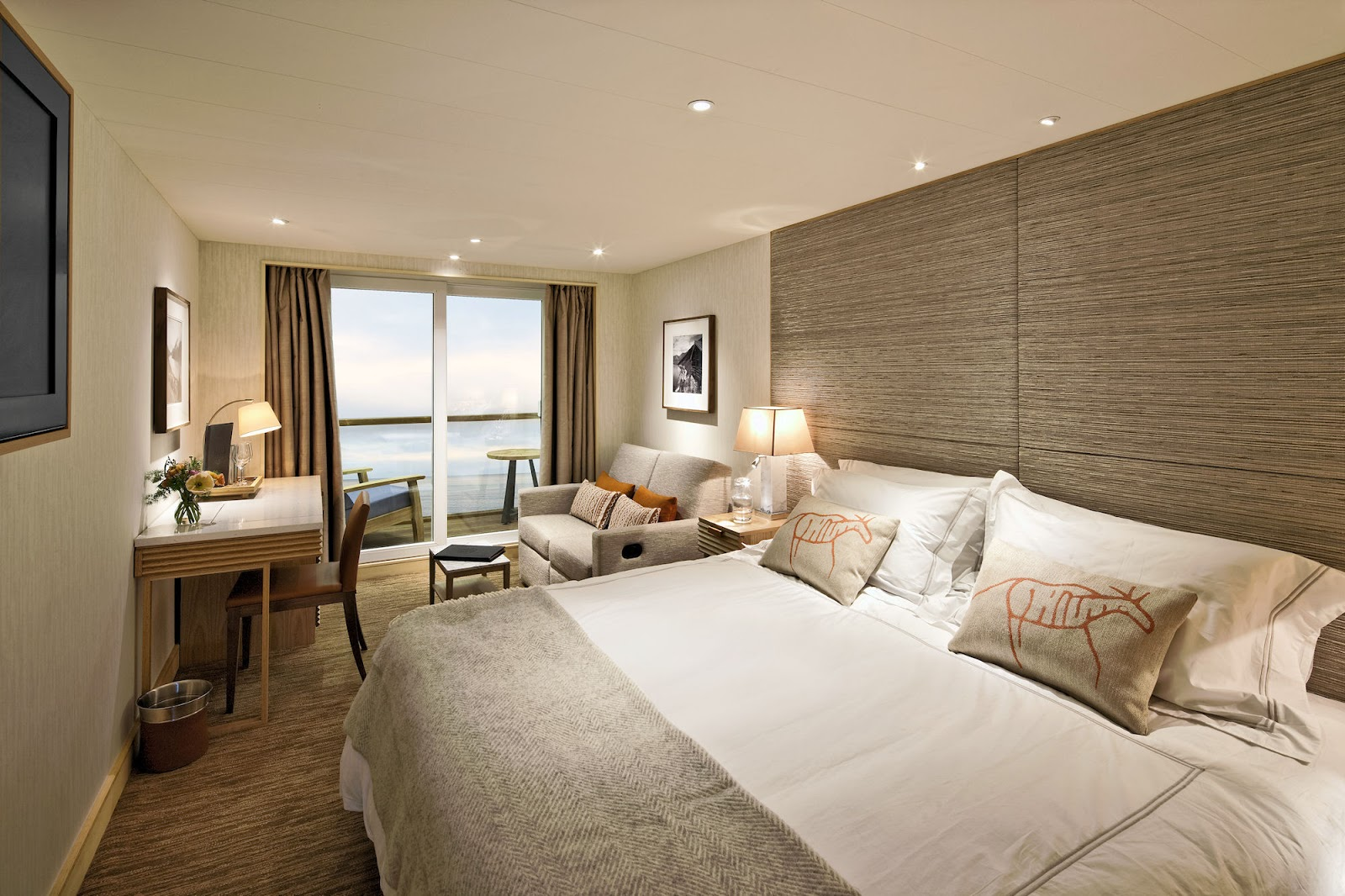 Deluxe Veranda Stateroom. Photo: ©Viking Cruises.