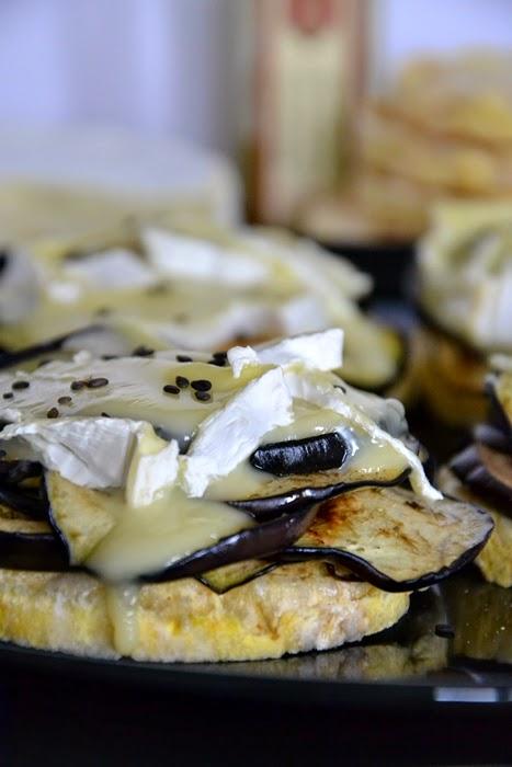 gallette con melanzane allo zenzero e camembert