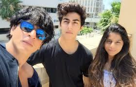 Shah Rukh Khan with his kids