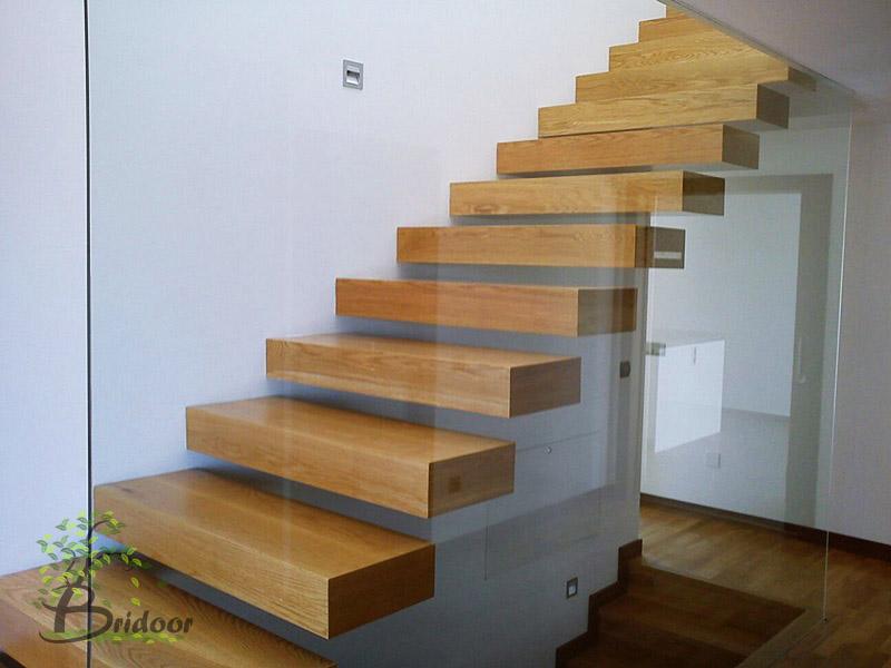 Bridoor s l escalera de dise o para vivienda en - Disenos de escaleras de madera para interiores ...