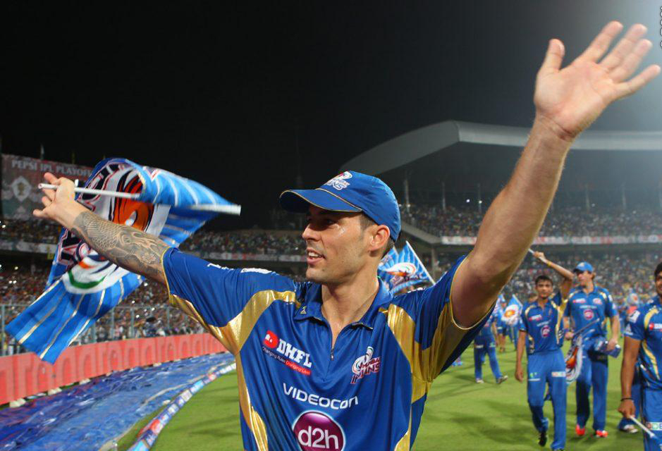 Mitchell-Johnson-celebrates-MI-Win-IPL-2013