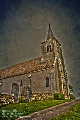 gunadesign guna anderson Château de Tracy, church France