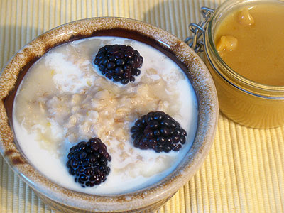 oatmeal with lemon curd