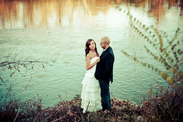 A rustic engagement at Foxhall Sporting Club - Kelly Is Nice Photography | www.kellyisnice.com