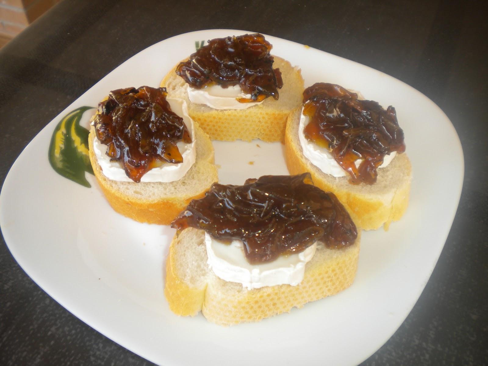 A comer con davinia canapes de queso de cabra con cebolla for Canape queso de cabra