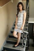 Kriti sanon new glamorous photos-thumbnail-8