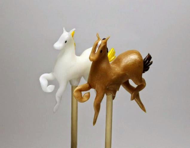 """الفن الياباني التقليدي للنحت على الحلوى""""Amezaiku"""" Uzuohanvvywwyciwdikr"""