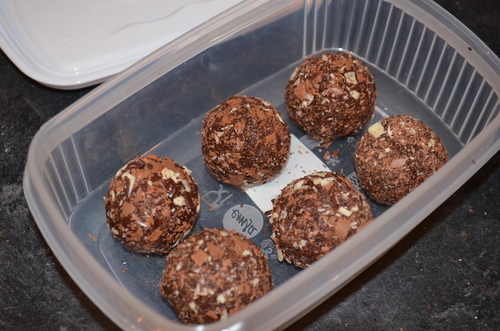 Cake Guru: Homemade chocolate truffles recipe