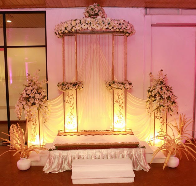 Ama Flora Wedding Poruwa