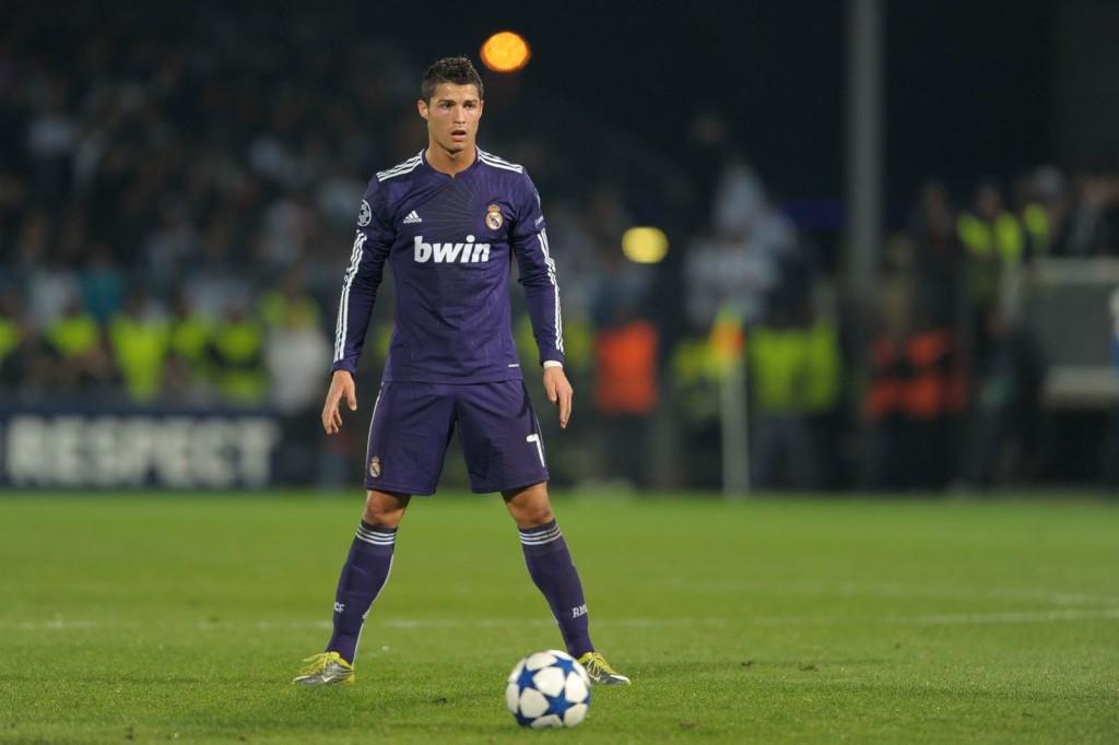 Zidane: Ronaldo Terbaik di Dunia, bukan Messi