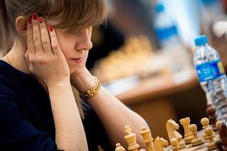 Echecs : la joueuse russe Olga Girya - Photo Nikolay Bochkarev