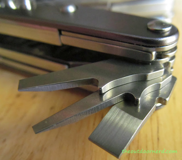 Leatherman Juice XE6 Multi-Tool: Closeup Of Flathead Screwdrivers
