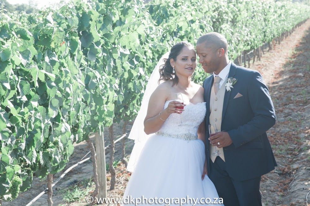 DK Photography CCD_0451 Preview ~ Alexis & Mario's Wedding in Barrique Restaurant, Vredenheim Estate  Cape Town Wedding photographer