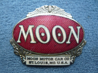 Moon radiator emblem badge 1925 1926 1927